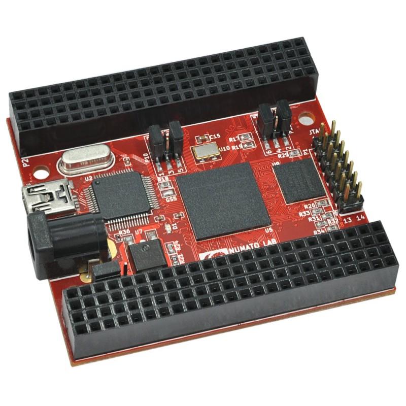 Placa de Desenvolvimento Saturn - Spartan 6 FPGA com DDR SDRAM